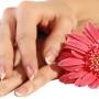 Здоровые руки без шелушения и трескания