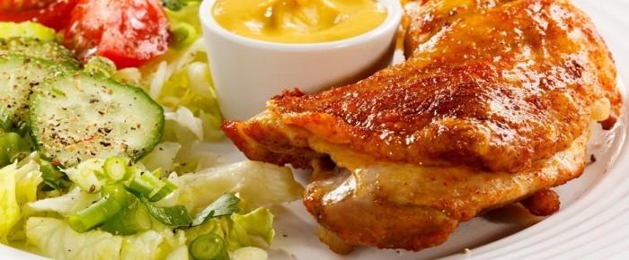 Поедание блюд из курицы обогащает вас биотином, полезным для волос