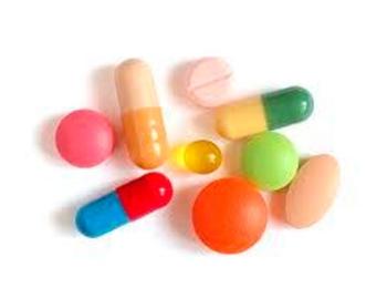 Разные формы витаминок для приема у взрослых и детей