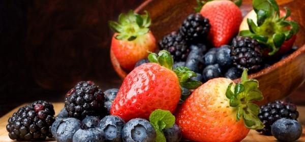 Достаточно ли витаминов мы получаем из пищи летом?